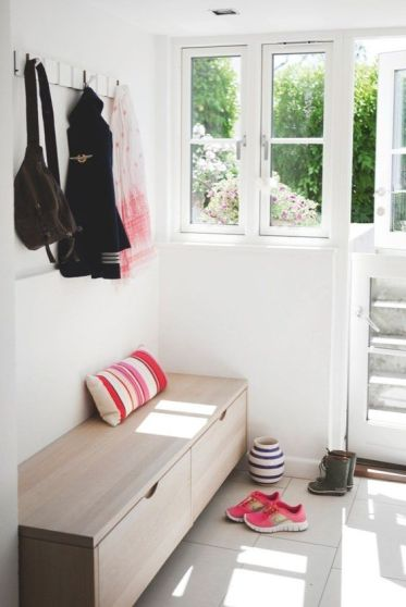 04-a-simple-wooden-storage-bench-is-a-perfect-solution-for-a-tight-space