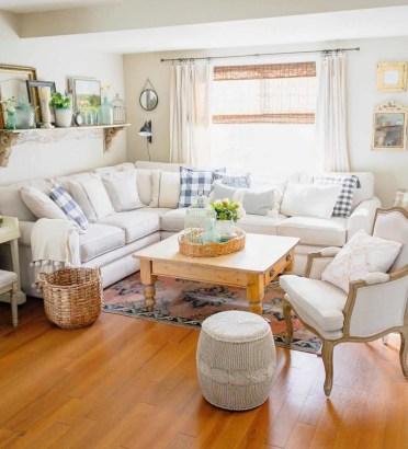 12-country-style-farmhouse-living-room-ideas-brightyellowdoor-1378x1536-1