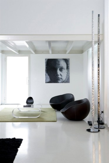 2-lounge-chair-impresses-with-modern-design-and-an-asymmetrical-shape-6-848954233
