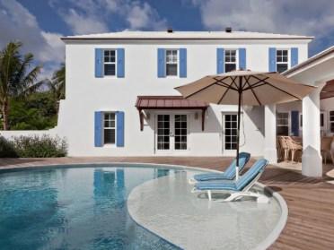 Colonial-bermuda-residence-pool-900x676-1