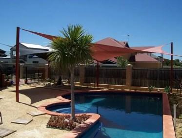 Pool-shade-ideas-sails-modern-patio-decoration-garden-fence