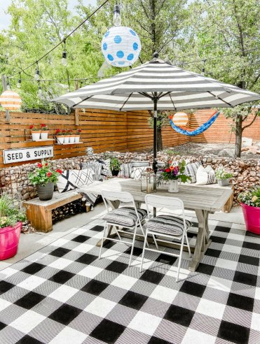 Backyard-patio-insta