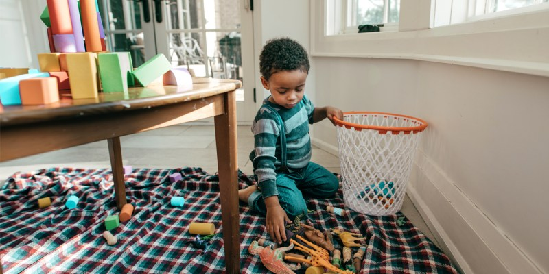 Child_picking-up-his-toys-1296x728-header