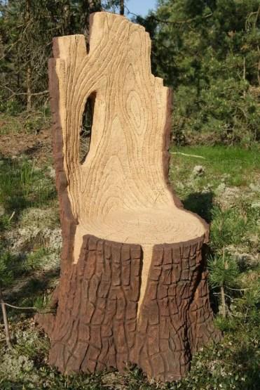 Tree-stump-garden-ideas-15
