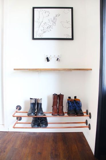09-copper-shoe-rack-with-simple-supplies-from-the-hardware-store