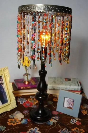 1-09-diy-lamp-shade-ideas-homebnc