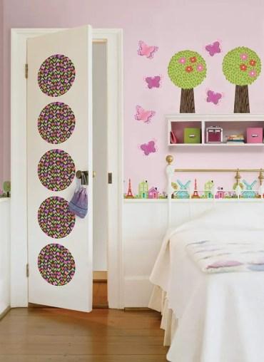 1-door-decoration-ideas-3