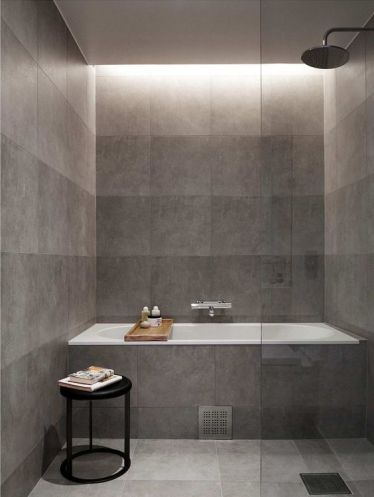 1-aggiungere-più-luci-sopra-la-vasca-per-rendere-più-rilassante-il-tuo-bagno