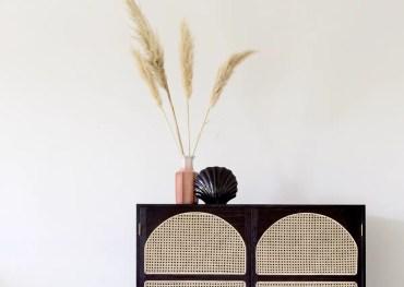 1-l-herbe-de-la-pampa-tendance-deco-vegetale-vase-meuble-cannage-tendance-blog-deco-clem-around-the-corner