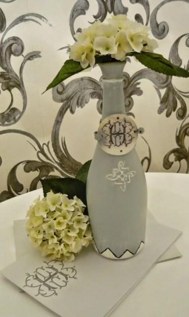 12b-repurposed-diy-wine-bottle-crafts-ideas-homebnc