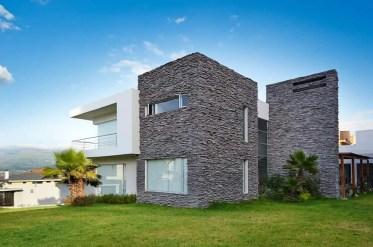 2-contemporary-stone-house-081018