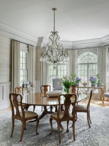 20-fantastic-traditional-dining-room-interiors-that-sparkle-with-elegance-11