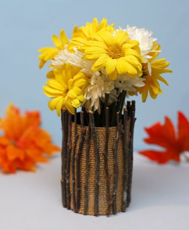 3-vase-with-burlap-and-twigs