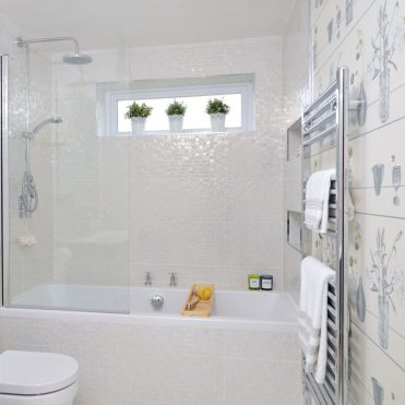 Ideal-home-bathroom-920x920-1