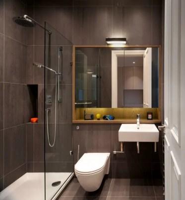 Pro-e-contro-di-avere-una-cabina-doccia-in-un-bagno-piccolo