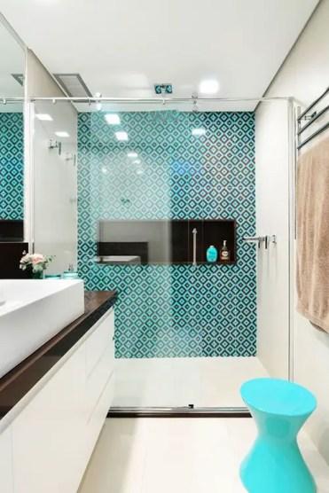 Idee-piastrelle-cabina-doccia-in-caratteristiche-su-architettura-bestia-75