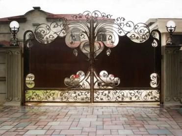 Awesome-metal-garden-gates-ideas-unique-wrought-iron-garden-gates-privacy-protection-ideas