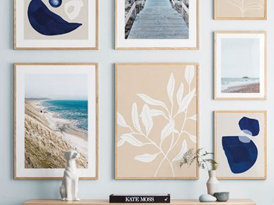 Gallery-wall-lounge-desenio-blue-summer-1599160496