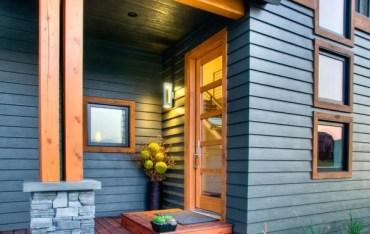 Modern-exterior-hardiplank-siding-ideas-fiber-cement-siding-house-entrance-porch