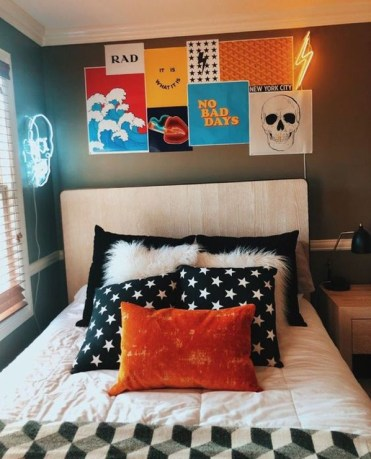 Simple-diy-college-poster-collection