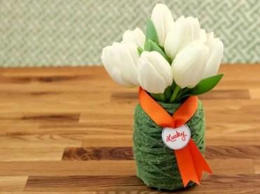 Simple-green-mod-podge-yarn-vase-craft