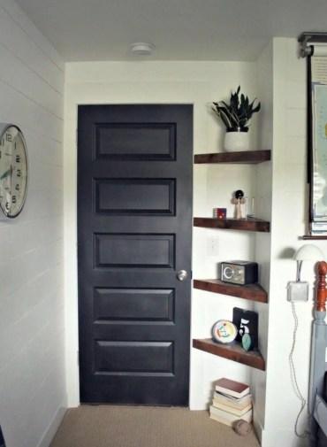 03-diy-floating-shelf-ideas-homebnc