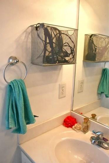 05d-diy-bathroom-storage-organizing-ideas-homebnc-v3