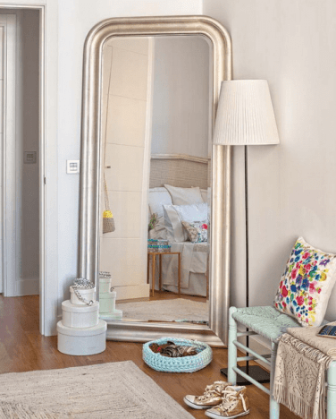 07-a-mirror-expands-the-space-and-works-for-the-dressing-corner