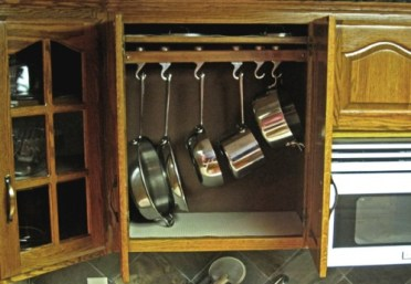 20-creative-ideas-to-organize-pots-and-pans-storage-on-your-kitchen3-500x345-1