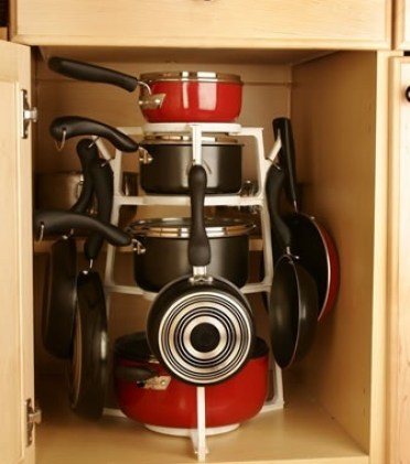 20-creative-ideas-to-organize-pots-and-pans-storage-on-your-kitchen8