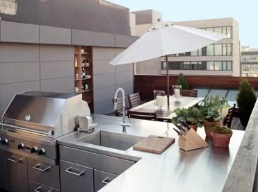 An-urban-outdoor-kitchen-