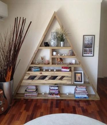 Diy-pallet-bookshelf-ideas-creative-pallet-wood-furniture-ideas