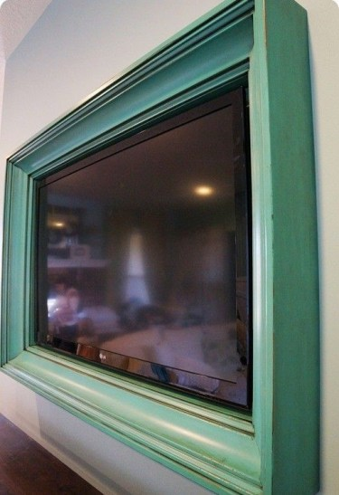 Frame-tv-on-wall