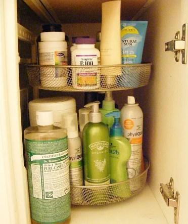Bathroom-organization-lazy-susan
