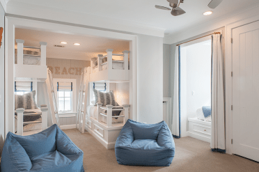 Beach-side-boys-bunk-room-with-blue-bean-bags