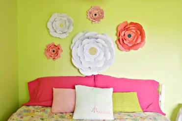 Eye-catchy-diy-paper-wall-decor-ideas-7