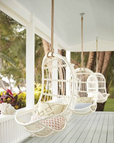 Hanging-rattan-porch-chair-swing