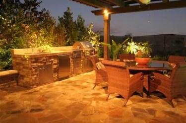 Outdoor-kitchen-with-hillside-view