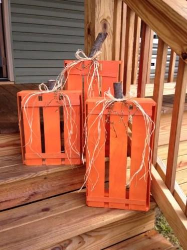 Diy-wood-crate-pumpkins