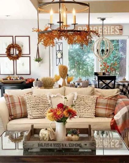 Farmhouse-fall-decor-ideas-living-room-interior