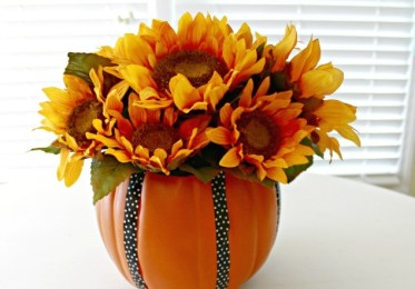 Make-a-foam-pumpkin-vase