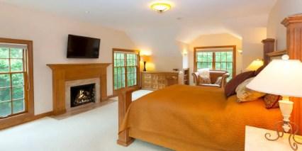 Master-bedroom-158