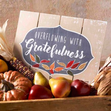 Overflowing-with-gratefulness-fall-sign