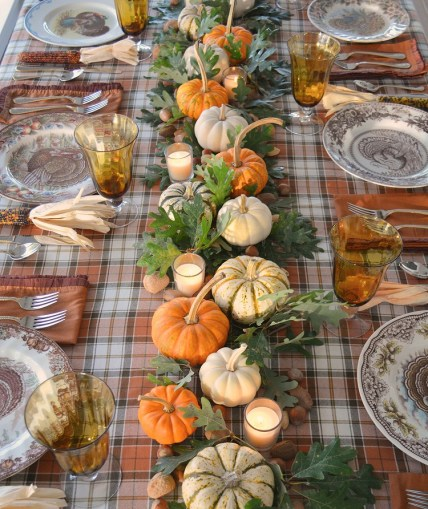 Thanksgiving-festive-table-setting-ideas