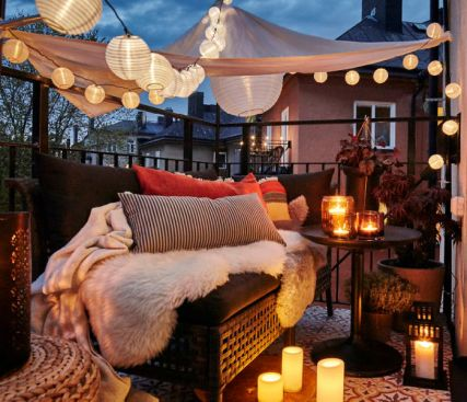 Balcony-decorating-ideas-41-573c3b5eb29b6__700