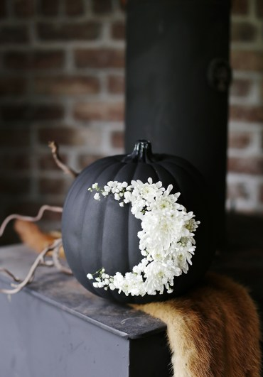 Diy-floral-pumpkins-for-fall-and-halloween-1-1