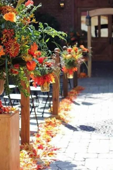Fall_wedding_aisle_52