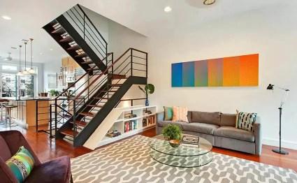 Under-stairs-book-storage