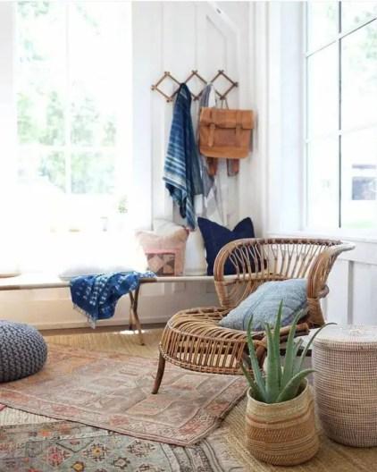 02-boho-layered-rugs-sind-eine-beliebte-dekoridee-für-jeden-boho-space-rock-verschiedene-looks-and-colors