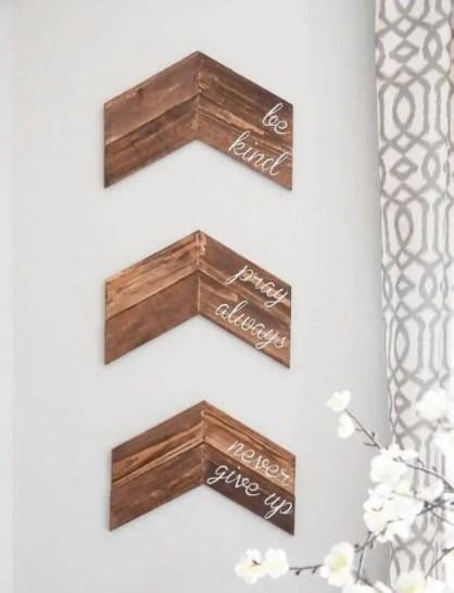 09e-best-diy-wood-craft-projects-ideas-homebnc-v4